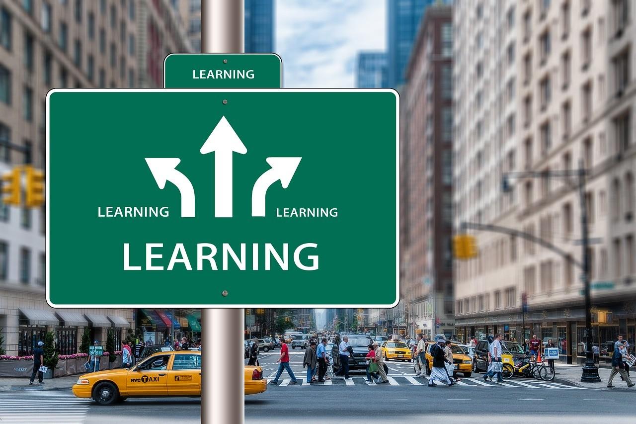 学習の方向を表す看板