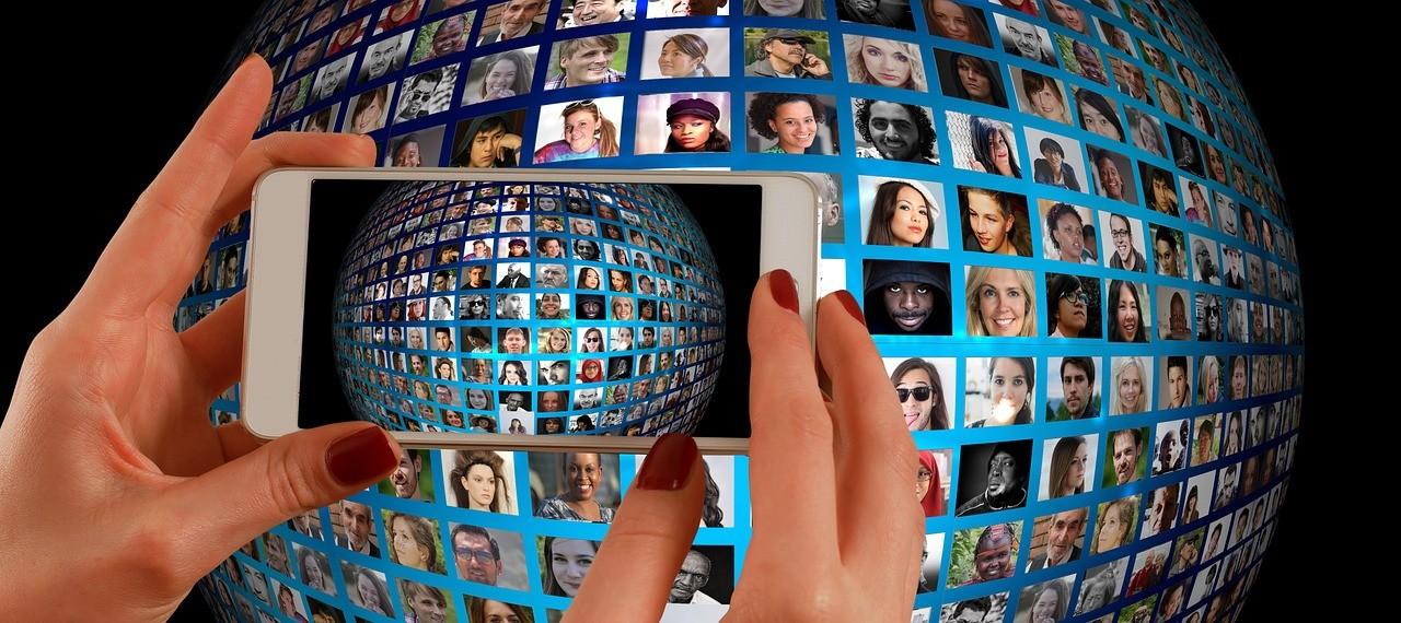 グローバルな目線を示すイメージ