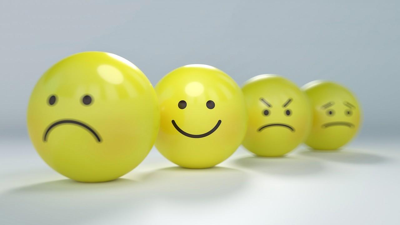 喜怒哀楽を表すボール