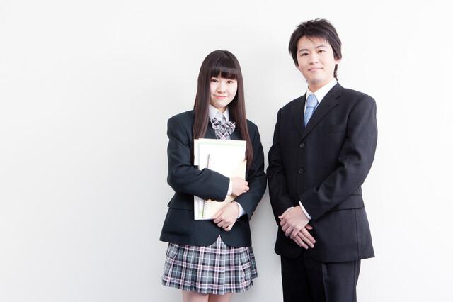先生と高校生